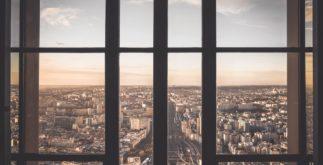 Plastová a hliníková okna na míru
